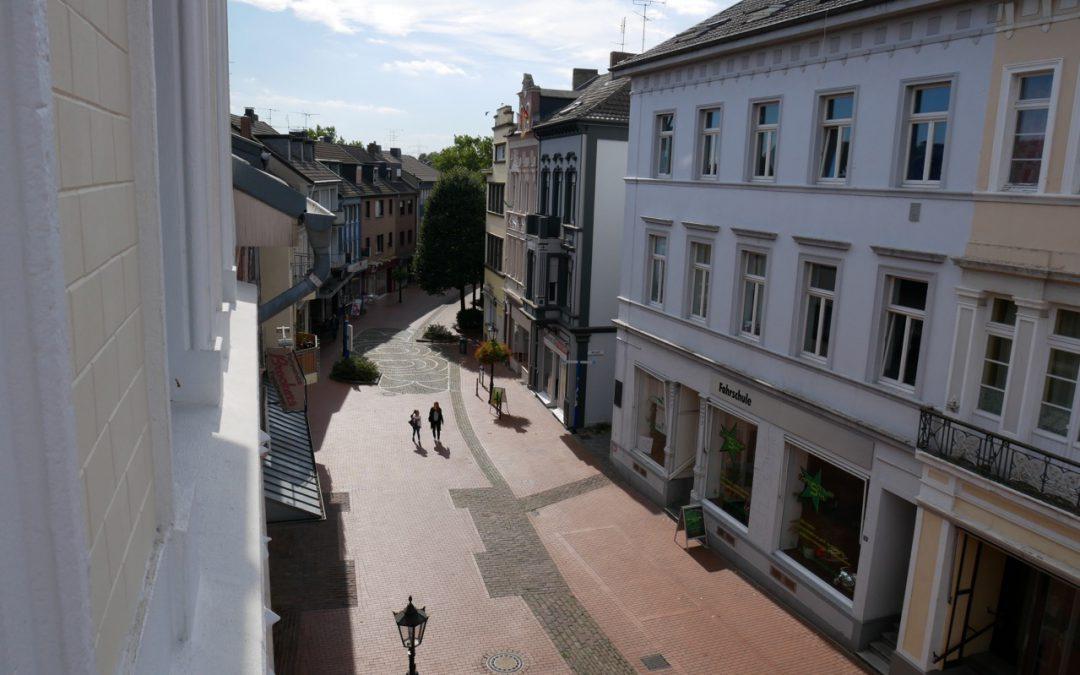 Umgestaltung Lange Straße; Aushang eines Gestaltungsvorschlages